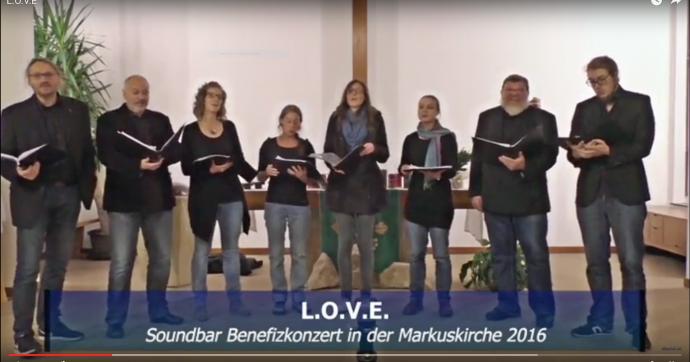 Soundbar singt love